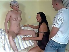 Granny enjoys her grandaughter and her bf hd