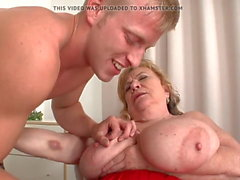 What a pussy ... Beautiful granny's sex with a lucky guy