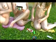 picnic - twins and Katia