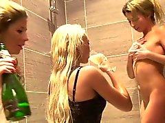College teens Aspen and Kveta showering