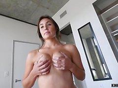 Cute girlfriend teases then fucks (HUUU)