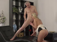 OLD4K. Mature guy uses fingers to prepare chick's twat for..