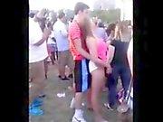 Hidden cam - Teenage girl with very horny in concert