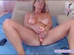 [moistcam] Filthy mum toys her hairy hole! [free xxx cam]