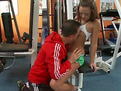 Slut at the gym gets fucked