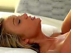 Petite babe Dakota Skye seduces her man into sizzlin hot sex