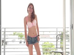 Serena&#039_s Calendar Audition - Netvideogirls