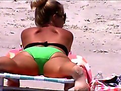 candid beach spy crotch 87 wide open cameltoe booty shakin