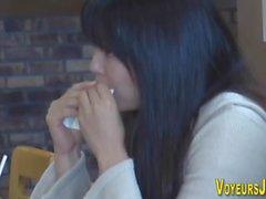 Japanese hottie rubbing
