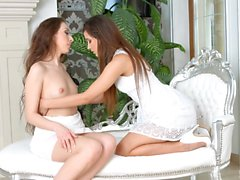 Lovemaking the lesbian way with Chrissy Fox and Daphne