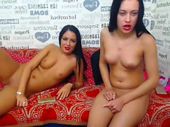 Teen Web Cam Threesome on webcam