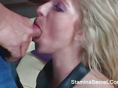 Young Blonde Jaelyn Fox Try A Big Cock On Her