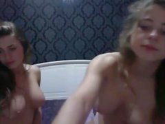 Gabi and Nati Sexy Twin Camgirls In The Bedroom