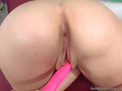 Joseline Kelly Uses a Dildo on Her Pink Pussy Until She Cums Hard