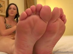Marley Matthews Has Her Feet Worshipped With Cum Shot