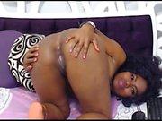 Ebony spex teen toying her pussy