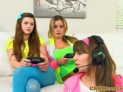 CFNM interracial teens munching on BBC