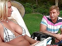 MILF Devon Lee invites guy for threesome