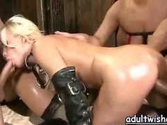 Lascive babes having sex and sucking