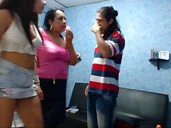 Webcam amateur teen threesome