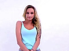 18 teen model is fucked by casting agent at audition