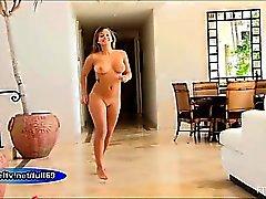 Keisha_Teen amateur babe walking naked outdoors then dancing