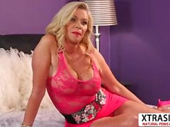 Cutie Milf Lauren Taylor Gives Blowjob Hard Her Bud