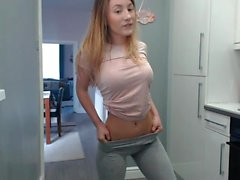 blonde solo teen webcam show
