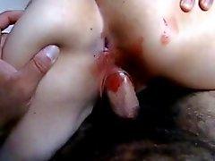Karla Mexicana cogiendo mientras menstrua