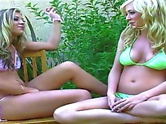 Smoking hot blondes have threesome fuck with a fit hunk