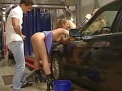 A car wash by two cute teens