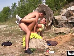Smoking hot babe gets fucked outdoors