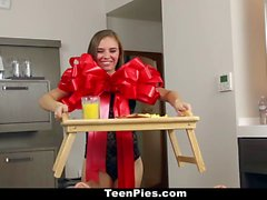 TeenPies Brunette GF Gets Creampied For Breakfas