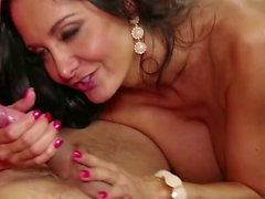 Buxom MILF cutie Ava Addams services a young long sword