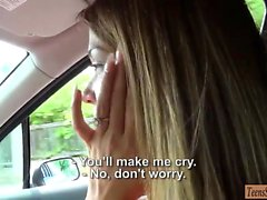Tight teen girl screwed by stranger guy for a free ride