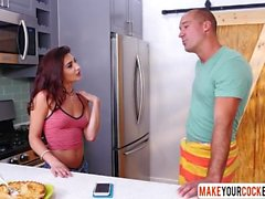 Son Fucked Pie And Redhead Stepmom Michelle Taylor