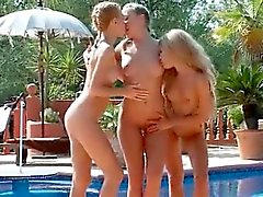 Threesome hot lesbian in out-of control scene outdoor
