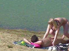 Junges Paar fickt am Strand von Timmendorf und wird gefilmt