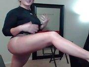 Brunette American chubby webcam girl from Memphis teases ass