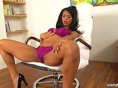Hot busty brunette Isabella fuck glass dildo