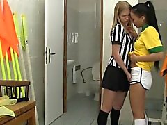 Brazilian player fuckin' the referee