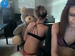 Amateur Lesbian Teen GFs Toying