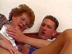 mature slut in glases fucked