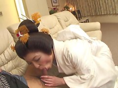 Japanese Geisha Girl Sucking Cock GV00024