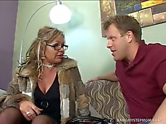 Stepmom kelly leigh fucks stepson