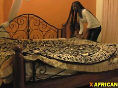 African whore pleases client with complete sex and blowjob