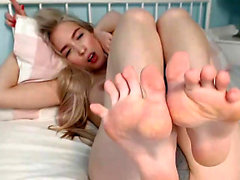 Risi foot Fetish movie with high heel masturbation